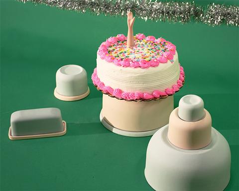 ceramic cake and bowls