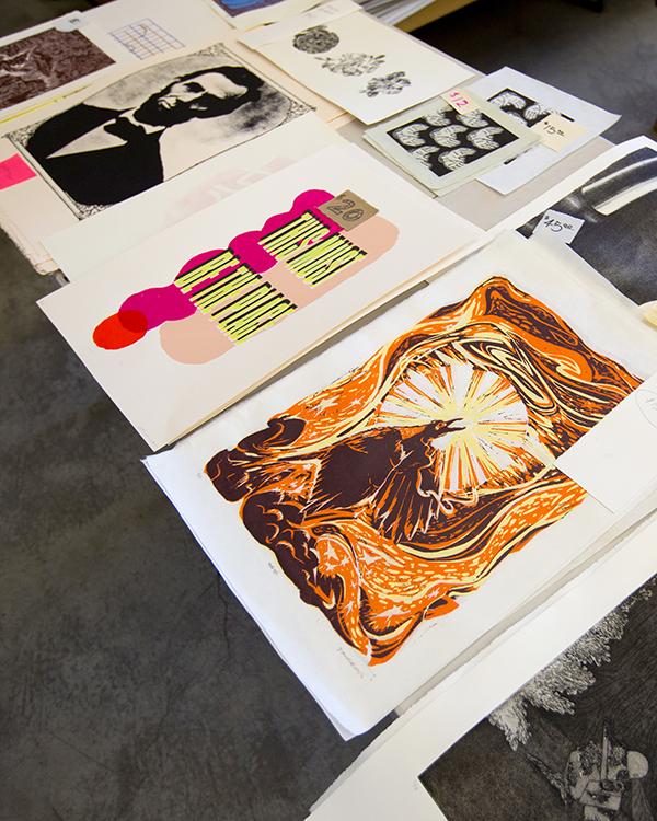 prints on table