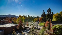 photo of UO campus in autumn